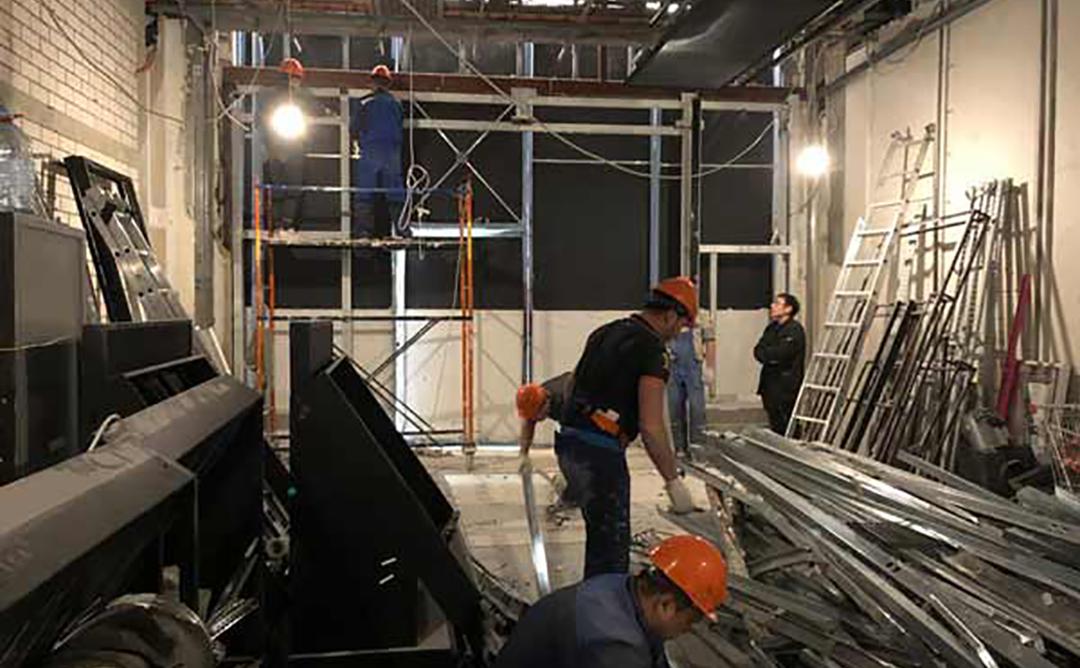 Демонтаж в магазине NYX в ТРЦ Мега Теплый Стан