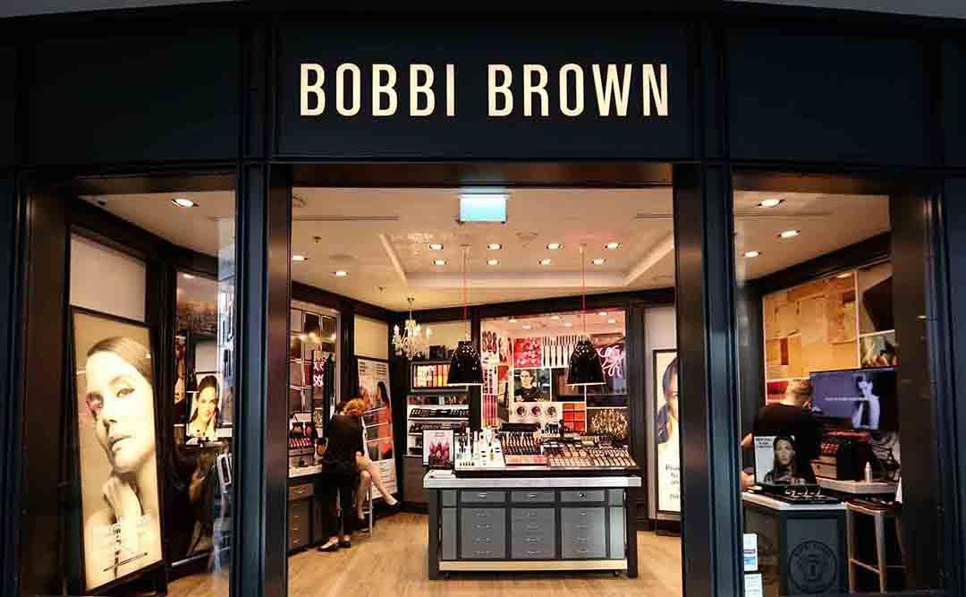 Демонтажные работы в магазине Bobby Brown в ТРЦ Мега Теплый Стан