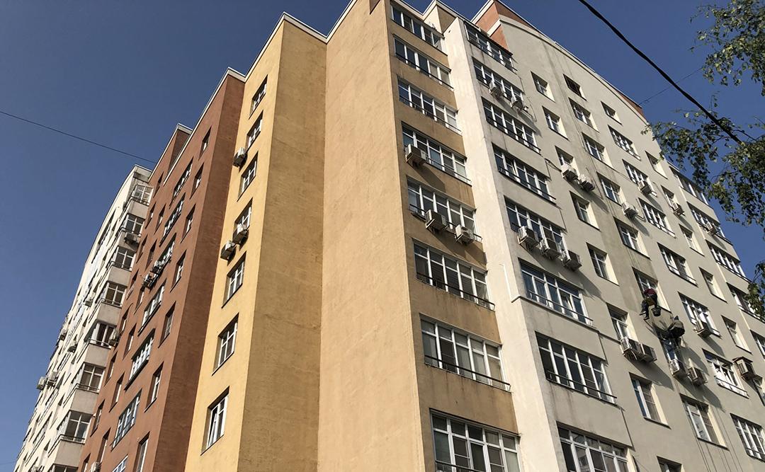 Капитальный ремонт фасада 3-го корпуса ТСЖ «Приват Сквер»