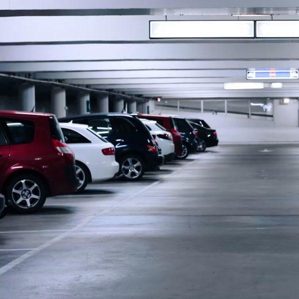 Проведение работ по покрытию пола паркингов